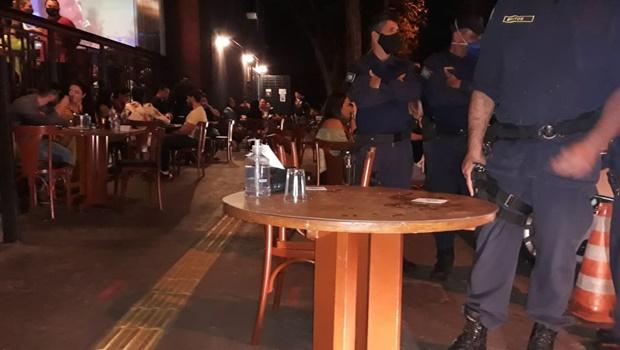 Novo decreto determina que reunião a partir de dez pessoas configura aglomeração em Goiânia