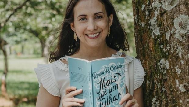 Oftalmologista se inspira em seus pacientes para escrever livro de superação