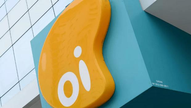 Oi define venda de operação de celular para Vivo, Claro e Tim
