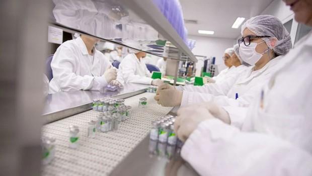 Produção de vacina é retomada pelo Butantan que inicia envase de mais 5 milhões de doses da CoronaVac
