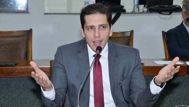 Proposta polêmica quer Legislativo com poder de aprovar ou vetar nome de chefe do MPE