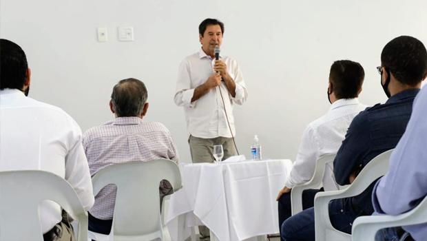 Maguito Vilela reúne com auditores fiscais e escuta demandas da categoria