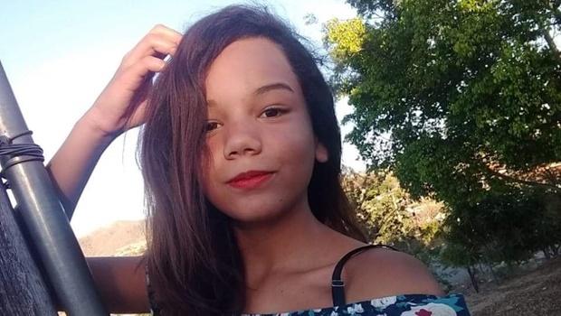 Menina de 12 anos desaparece após sair para buscar atividades em escola, em Campos Belos
