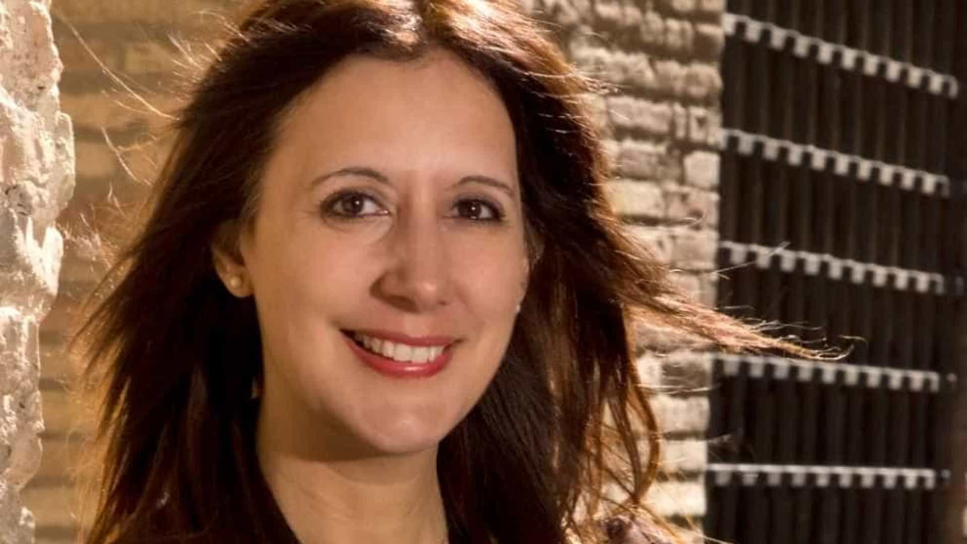 A literatura da escritora espanhola que criou a inspetora Amaia Salazar, sucesso no cinema