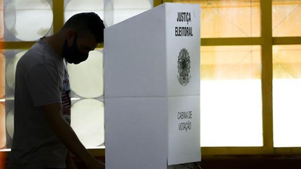 Por causa de apagão Macapá realiza eleição municipal neste domingo