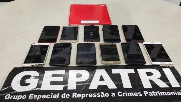 De dentro do presídio, detento se passava por mulher e extorquia vítimas que enviavam fotos íntimas