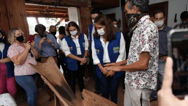 Governo de Goiás entrega Selo do Artesanato Goiano para quatro artistas, em Rio Quente
