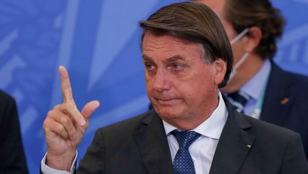 """Bolsonaro diz que Brasil está """"quebrado"""", por isso não consegue fazer nada"""