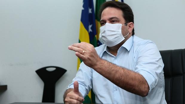 Anápolis será primeiro município goiano a imunizar profissionais da educação contra Covid-19