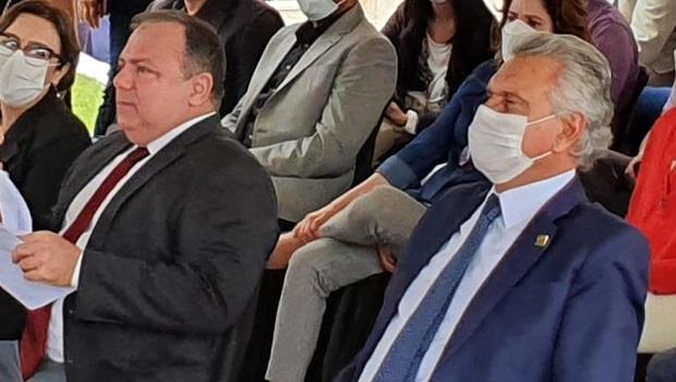 """""""Nenhum brasileiro terá vantagem sobre outro"""", diz ministro sobre plano de imunização contra Covid-19"""