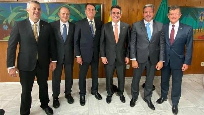 Bolsonaro diz que influencia eleição pra ter relacionamento positivo com a Câmara dos Deputados