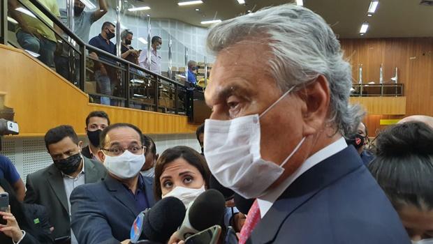 """Caiado diz que negar leitos a pacientes de outros estados é """"desumano"""""""