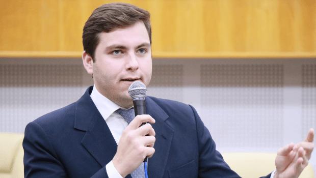 Prefeitura trabalha com três nomes para a liderança na Câmara, diz Lucas Kitão