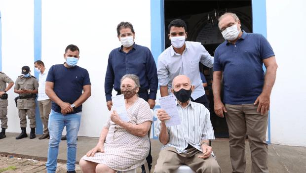 Vacinação contra a Covid-19 é iniciada em Trindade