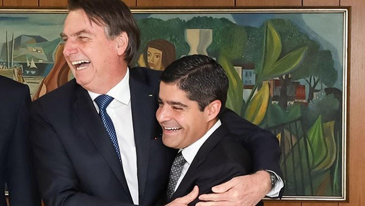 Vice do DEM pode levar grupo de Bolsonaro para o palanque de Caiado em 2022