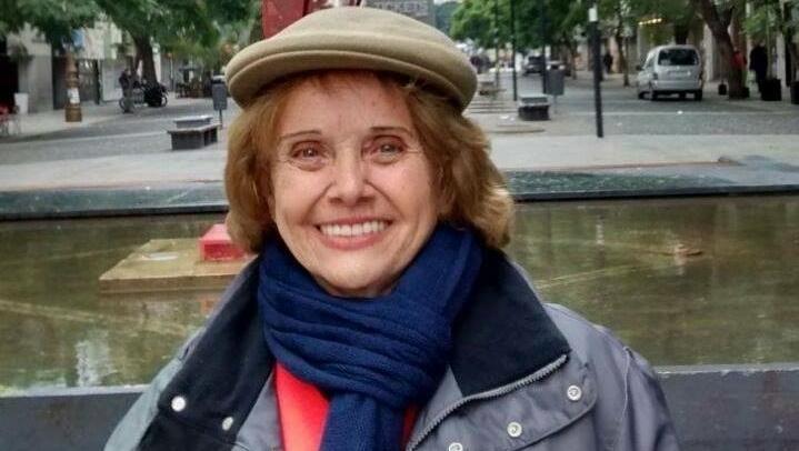 Morre a professora de literatura Wânia Majadas. De Covid