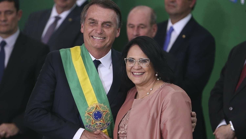 Bolsonaro pode bancar Damares Alves ou Tarcísio de Freitas para o governo do Distrito Federal