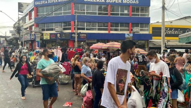 Associação Empresarial da Região da rua 44 quer evitar aglomeração de ambulantes