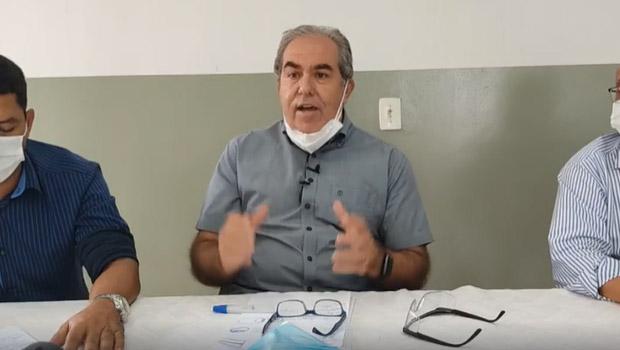 Prefeito de Morrinhos anuncia que não irá seguir decreto estadual