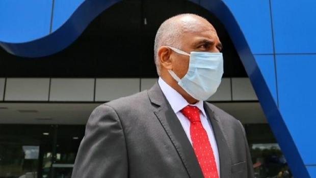 Rogério Cruz diz que obras que estão paradas são por falta de insumos