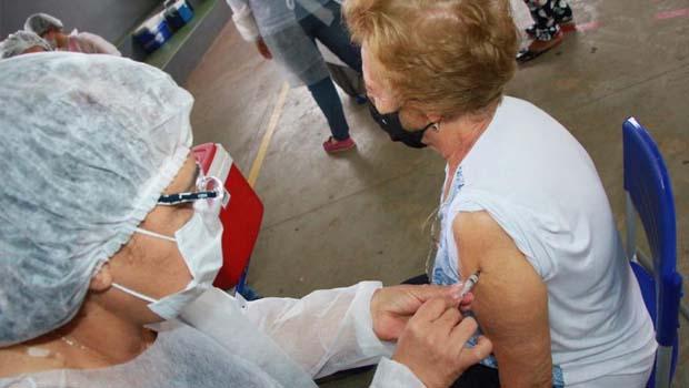 Com anúncio de chegada de nova remessa, Goiânia refaz planejamento para vacinação contra Covid-19