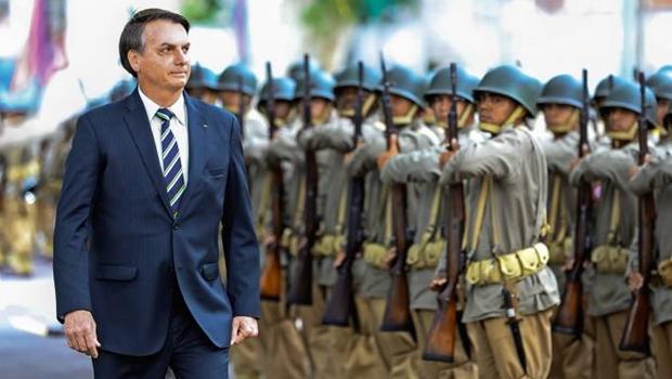 """Crise na cúpula das Forças Armadas atrapalha """"festa"""" em comemoração ao  golpe 64"""