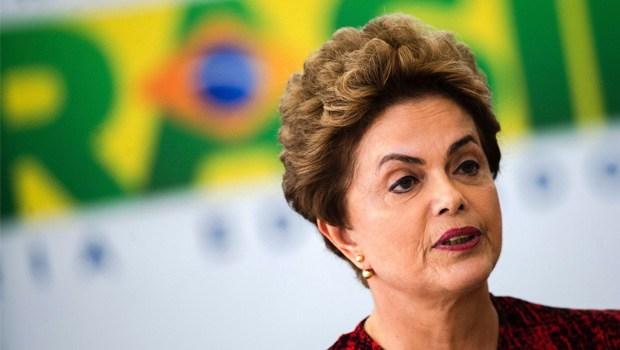 """Após ser chamada de """"aborto"""", Dilma responde a Ciro Gomes: """"Esse discurso preconceituoso fica bem aos reacionários. Parece ser uma variante de Bolsonaro"""""""
