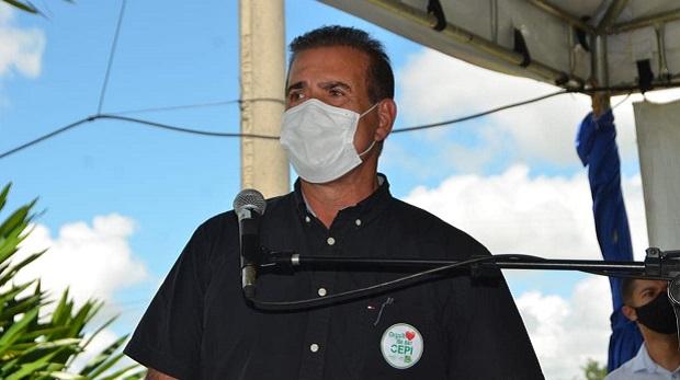 Em busca de espaço para viabilizar a candidatura a deputado federal, prefeito de Goianira define data de filiação ao DEM
