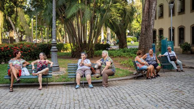 Com a pandemia, Goiás tem redução de 1,97 anos na expectativa de vida, diz IBGE