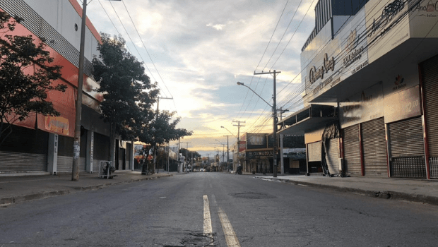 Lojistas da 44 tentam negociar com Prefeitura de Goiânia reabertura das lojas aos sábados