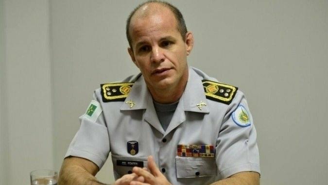 Comandante da Polícia Militar fura a fila da vacina e é exonerado