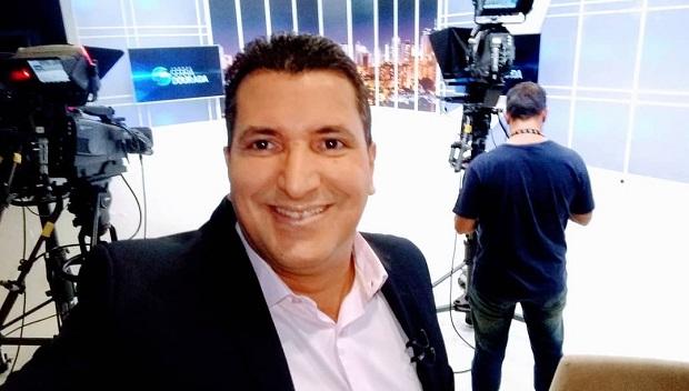 Morre o apresentador de TV Luís Fernando Avelar, após 60 dias internado com Covid-19