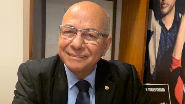 Professor Alcides deve permanecer no PP e assumir o comando estadual da sigla