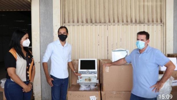 Senador Canedo recebe 10 respiradores  para tratamento da Covid-19 emprestados pelo governo do Amazonas