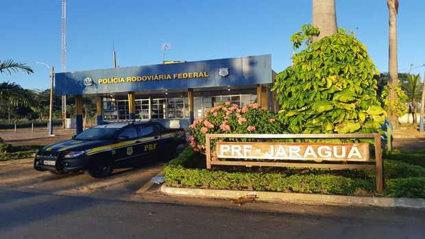 Motorista de ônibus é preso por transportar droga de desconhecido