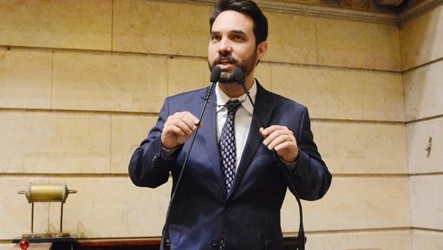 Câmara Municipal do Rio desiste de pedir afastamento de Jairinho da CCJ