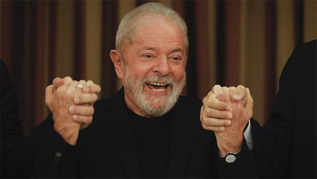 Lula deve ser candidato do centro à presidência em 2022