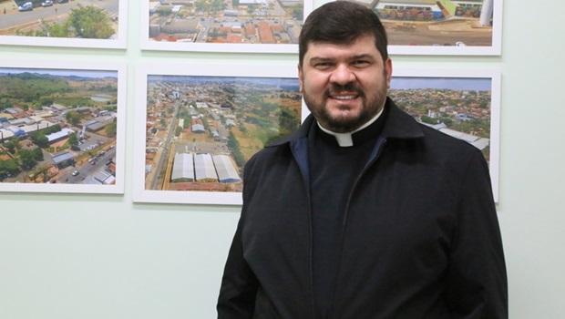 Padre Marco Aurélio assume comando da Afipe