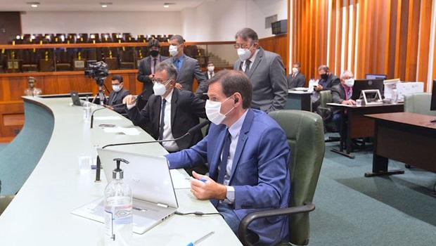 Deputados votam favoráveis às mudanças no Estatuto do Magistério