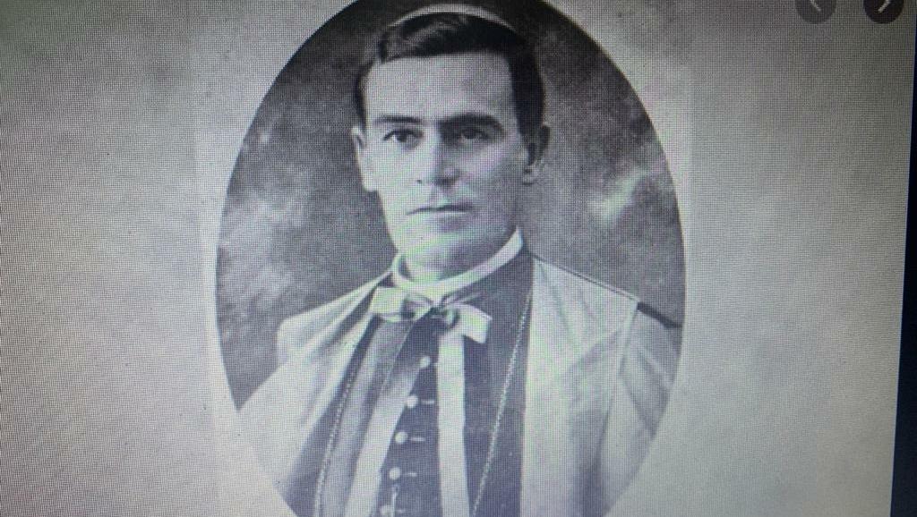 Dom Emanuel Gomes de Oliveira criou a Universidade do Brasil Central