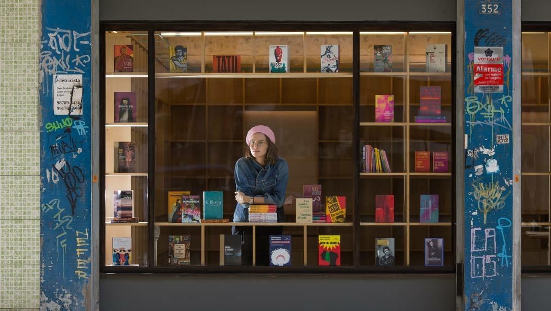 Livraria Gato Sem Rabo vende livros escritos apenas por mulheres