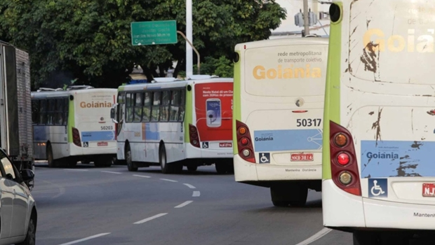 Motoristas do transporte coletivo anunciam paralisação na terça-feira, 11