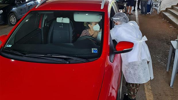 Goiânia continua vacinação de idosos contra Covid-19 neste sábado, 1º