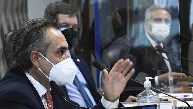 Executivo da Pfizer diz que governo Bolsonaro ignorou 5 ofertas de vacina em 2020