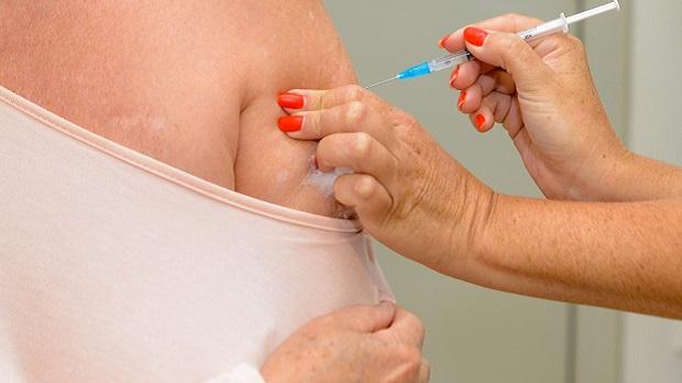 Goiânia segue aplicação da segunda dose da Coronavac e Astrazeneca nesta quarta