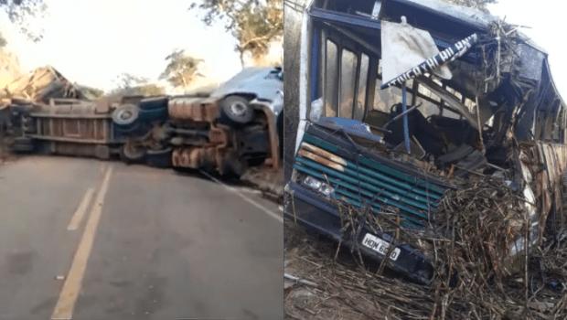 Batida entre caminhão e ônibus deixa trecho da GO-222 interditado por 9 horas