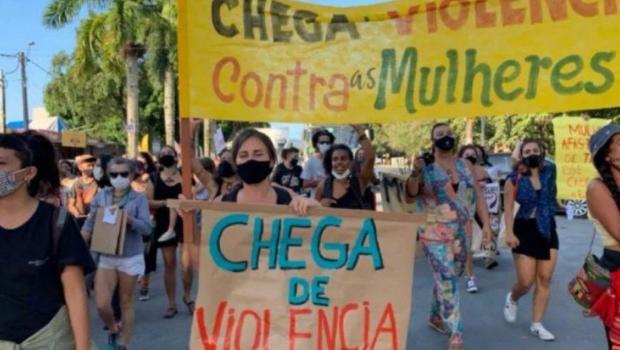 Câmara aprova projeto que multa publicidade com conteúdo misógino, sexista e que estimule violência contra mulher