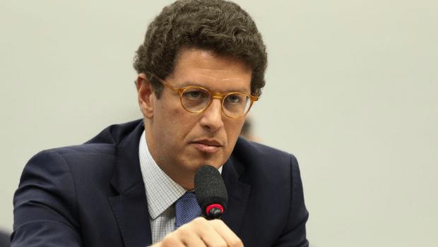 Suplente na Câmara dos Deputados, ex-ministro Ricardo Salles pode assumir mandato se parlamentar do Novo sair