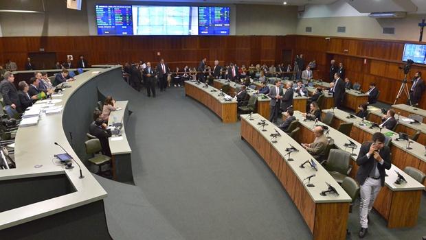 Deputados aprovam projeto que permite adesão de Goiás ao Regime de Recuperação Fiscal