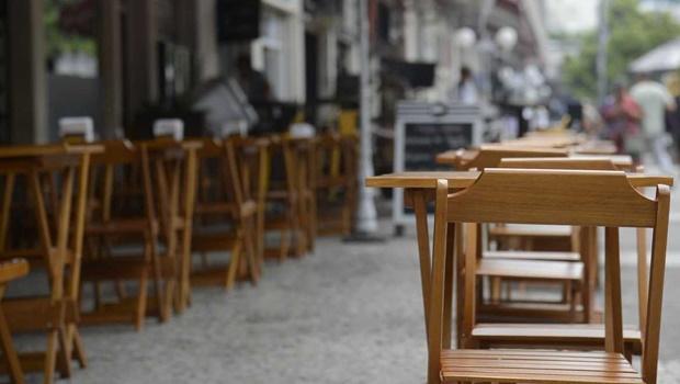 Prefeitura de Goiânia flexibiliza medidas sanitárias para bares, restaurantes e escolas
